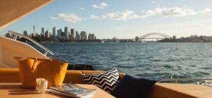 AQUALUXE-–-44'-Luxury-Sport-Yacht2
