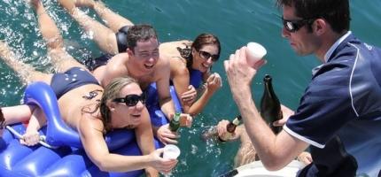 CATALYST-–-32′-Sailing-Catamaran1