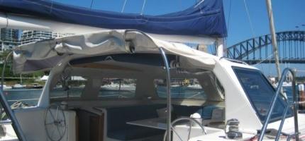 DELPHINUS-–-32′-Sailing-Catamaran-—-Divi-2