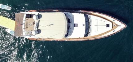 ENIGMA-–-64′-Pama-Flybridge-Luxury-Cruiser5