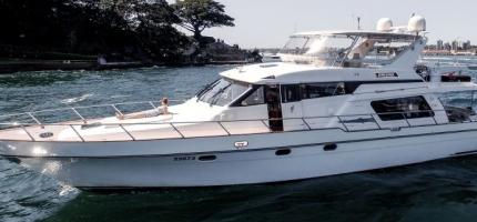 ENIGMA-–-64′-Pama-Flybridge-Luxury-Cruiser7