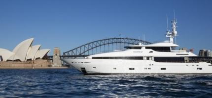 MASTEKA-II-–-122'-Ultra-Luxurious-Yacht2
