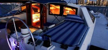 OBSESSION-–-50'-Luxury-Catamaran4