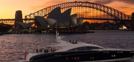 QUANTUM-–-120'-Luxury-Warren-Yacht3