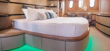 SEVEN-STAR-–-98'-Luxury-Super-Yacht8