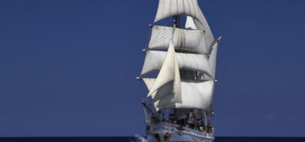 SOREN-LARSEN-–-130′-Tall-Ship-1949-3